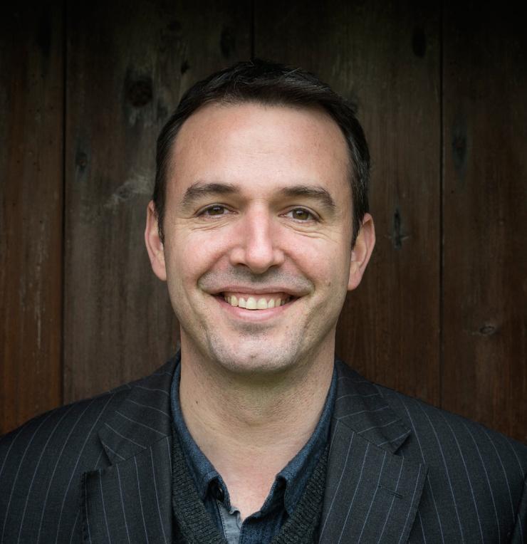 Matt Harvey, British contemporary portrait artist, based in Devon, UK